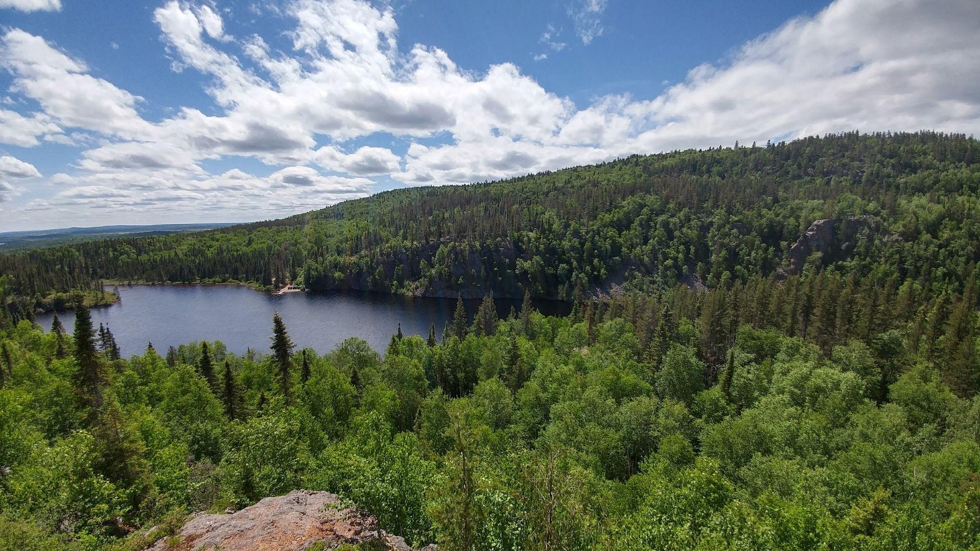 5 sentiers de randonnée méconnus à découvrir au Québec